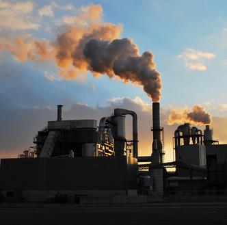 Polityka klimatycznna. Obama wyznaczy� ambitne cele redukcji emisji CO2 przez elektrownie