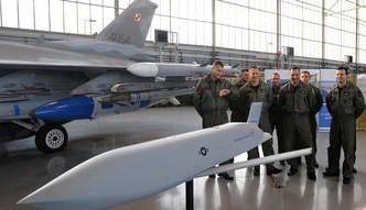 #dziejesienazywo: Drogie rakiety JASSM nie odstrasz� naszych wrog�w