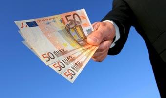 Jak rozpozna� fa�szywe euro i dolary?