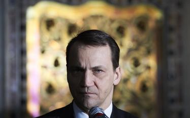 Sikorski leci do Kijowa rozmawia� o umowie stowarzyszeniowej