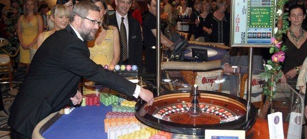 Oficjalne otwarcie Olympic Casino Sunrise w 2007 roku.