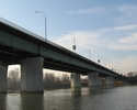 Wiadomo�ci: Remont Mostu �azienkowskiego. Drogowcy chc� przeci�� go w p�