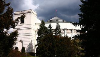 Bud�et na 2016 r. Sejm zaakceptowa� 20 poprawek Senatu