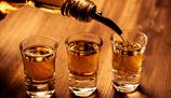 Statistica: Co pije Polak? Coraz wi�cej whiskey i cydru. W�dka jest w odwrocie