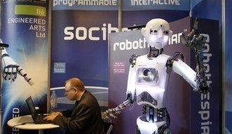 Maszyny zastąpią ludzi? Księgowi na celowniku robotów