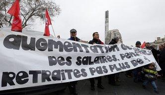 Rz�d zamra�a emerytury, francuscy emeryci demonstruj�