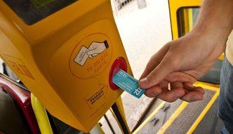 Bilet autobusowy na karcie płatniczej. Mennica Polska rusza z ofertą