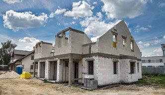 Jakie domy budują Polacy? Zaskakujące wyniki raportu