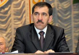 Prezydent republiki Junus-Bek Jewkurow.