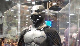 �wier� miliona za kostium Batmana. Oto 10 aukcyjnych rekord�w filmowych pami�tek