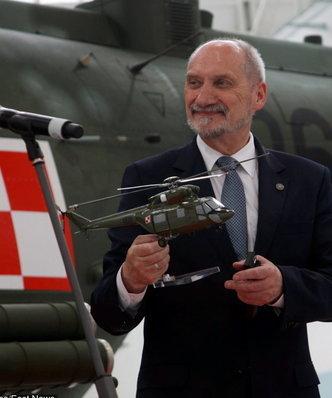 W poniedziałek rusza nowy przetarg na śmigłowce dla polskiej armii. Na kogo postawi Antoni Macierewicz?