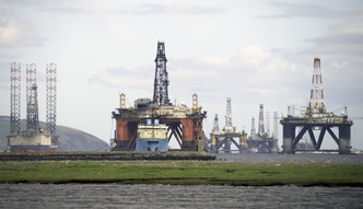 Zapasy ropy w g�r�. Niespodziewana reakcja rynku