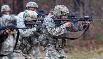 Wojna z terrorem. Pentagon chce wys�a� 400 �o�nierzy do szkolenia syryjskich rebeliant�w
