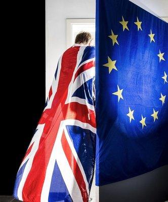 """Demonstracja przeciw Brexitowi. """"Unio, wciąż cię kochamy"""""""