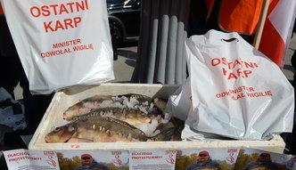 Protest rybaków przed ministerstwem. Domagają się przywrócenia dopłat