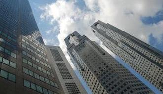 Banki: Zagraniczni w�a�ciciele strasz� pos��w. Akcja medialna, czy zagro�enie dla bud�etu?