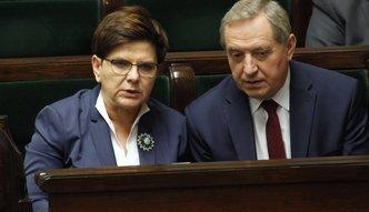 Rząd chce łatać dziury w ZUS. Jest pomysł oskładkowania umów o dzieło i pilnowania samozatrudnienia