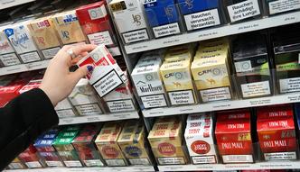 Rz�d uderza w nielegalne fabryki papieros�w