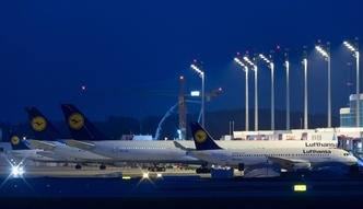 Strajk w Lufthansie. W czwartek odwo�ane ponad 900 lot�w