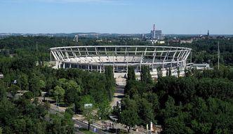 Przebudowa Stadionu �l�skiego. Rozpocz�to budow� dachu