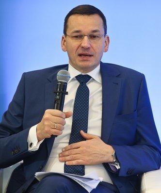 Słaby złoty pomaga Polsce? Mateusz Morawiecki zadowolony ze wskaźników gospodarczych