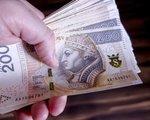 Polacy zaczęli oszczędzać rekordowe kwoty. Odkładamy już co 25. złotówkę