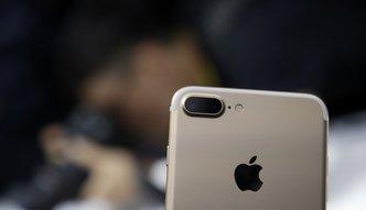 Ponad 45 mln sprzedanych iPhon�w, ale akcje w d�. Najwi�ksza sp�ka �wiata poda�a wyniki
