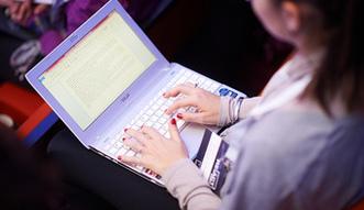Rz�d opodatkuje e-sklepy?
