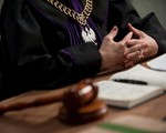 Sędzia sam powinien sięgać do publicznych rejestrów elektronicznych