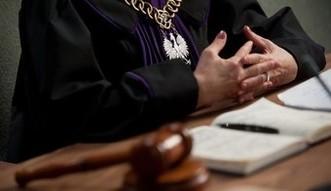 Ile zarabia i co posiada sędzia? Dowiesz się z internetu