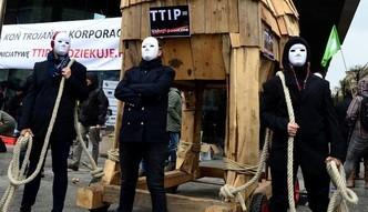 """Wielkie demonstracje przeciwko TTiP i CETA. """"To opowie�ci grozy i k�amstw"""""""