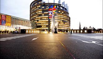 Eurodeputowani przestrzegają przed łagodzeniem sankcji wobec Rosji