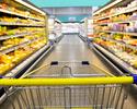Wiadomości: Rafalska chce stopniowego ograniczania handlu w niedziele. Na początek dwie w miesiącu