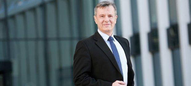 Piotr Kwiatkowski, nowy prezes Credit Agricole Bank Polska
