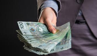 Zarobki prezes�w bank�w. KNF przygotowuje rekomendacj�, ile kto ma zarabia�