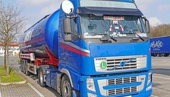 Pakiet przewozowy do��czy do pakietu paliwowego. Ministerstwo Finans�w zaostrza walk� z szar� stref�