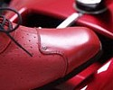 Wiadomo�ci: Inteligentne buty pokazuj� drog�