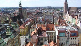 Ceny ofertowe mieszka� w Polsce spad�y