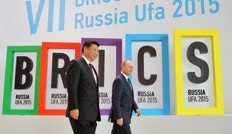 Putin namawia: trzeba uderzy� w dolara