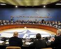 NATO przeanalizuje strategi� nuklearn� Rosji
