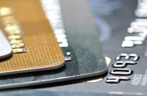 Zgarnij 200 zł na zakupy z kartą kredytową T-mobile Usługi Bankowe