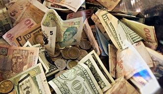 Oto waluty, w kt�rych nie warto trzyma� oszcz�dno�ci