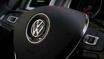 Afera Volkswagena uderzy w Polsk�? Ekonomi�ci nie przewiduj� takiego scenariusza