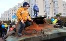 Rosjanie chwal� si� prac� dla Ukrai�c�w