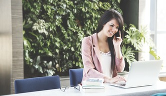 Podr�owanie w pracy - to mo�liwe. Oto lista zawod�w, kt�re na to pozwalaj�