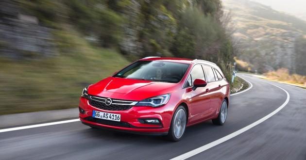 Nowy Opel Astra ST - bezwstydnie luksusowy