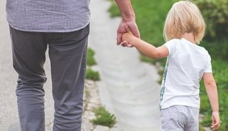 Szef KE przeciwko zmianom w zasiłkach na dzieci