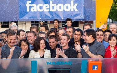 Szef Facebooka o oczko wy�ej na li�cie miliarder�w