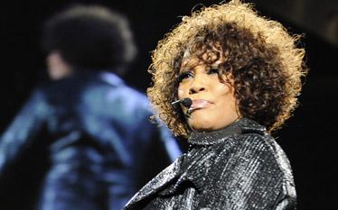 �mier� Whitney Houston. Spekulacje o jej przyczynach