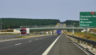 Bramki na autostradach znikną za dwa lata? Rząd szuka sposobu poboru opłat